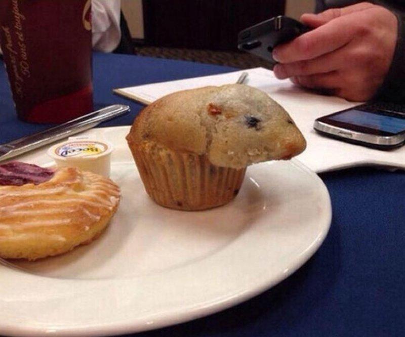 25. Кекс-хомяк в интернете, неожиданно, непонятно, подборка, странно, странные фото, фото