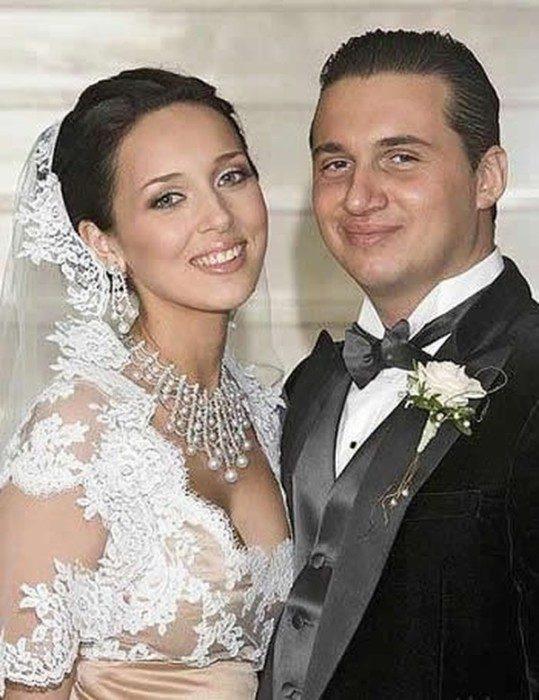 Эксклюзивные фотографии со свадебных церемоний российских знаменитостей