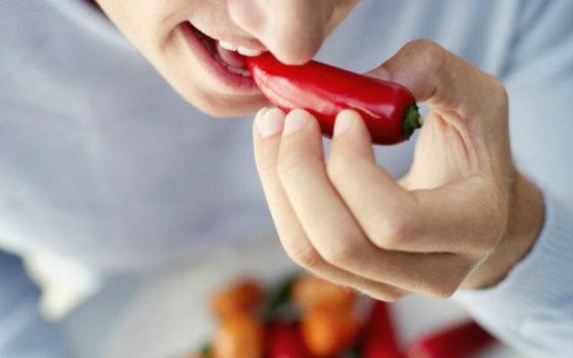 Фанаты острых блюд чаще рискуют
