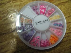 Блестки для маникюра от Oriflame