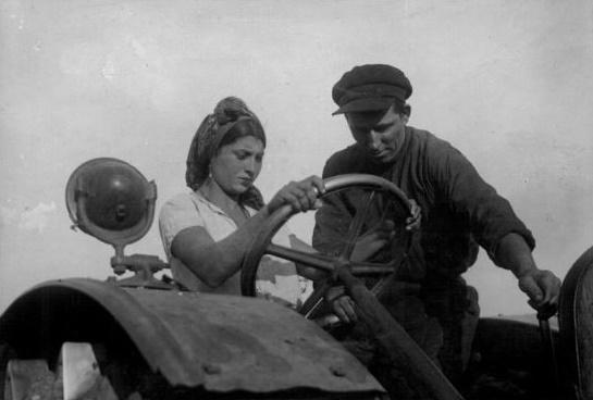 Цыганские колхозы в СССР: зачем их создавали