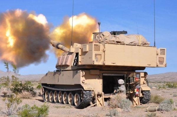 В Сеть попало фото «залета» артиллеристов армии США, потерявших пушку от гаубицы