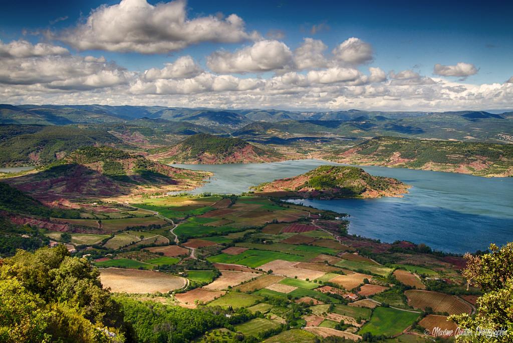Сказочная красота: озеро Salagou, сотворённое руками человека