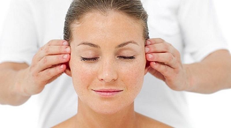 Всего 3 минуты внимания вашим ушкам по утрам даст потрясающий эффект