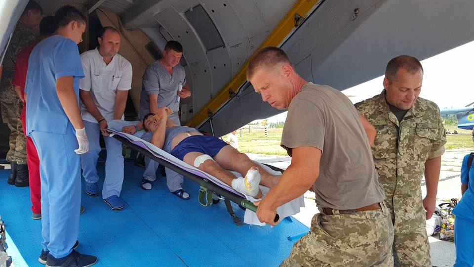 В Одессу прилетел самолет с 14-ю ранеными боевиками «АТО»