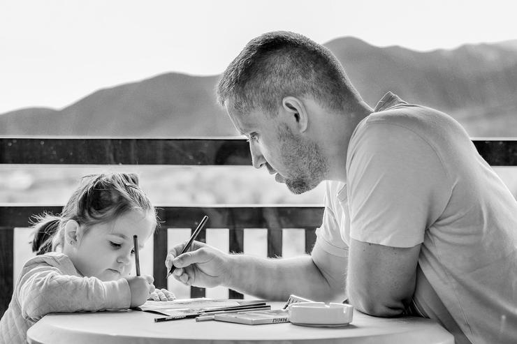 Уроки делают родители