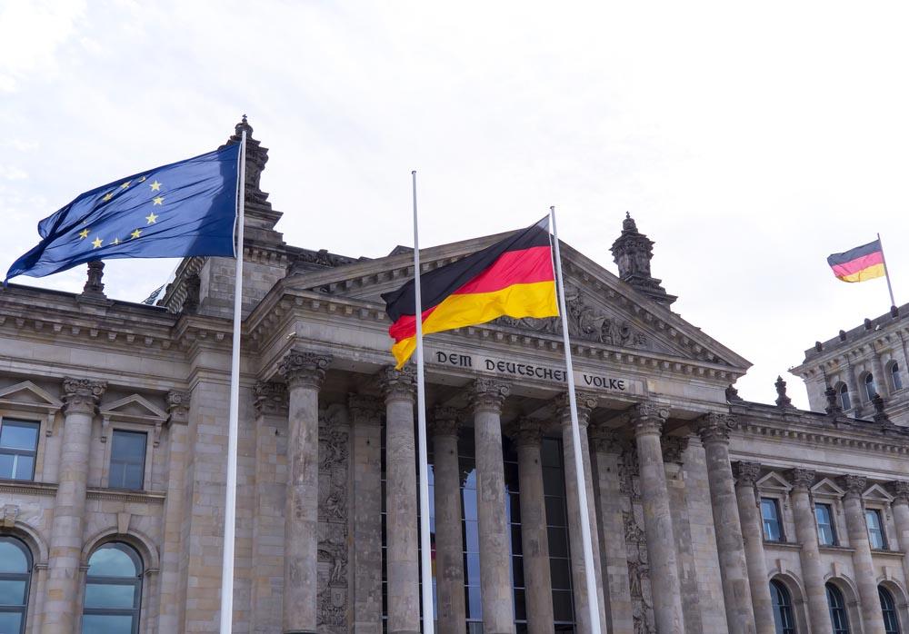 В Бундестаге заговорили о неадекватности антироссийских санкций и о том, что Крым - это Россия