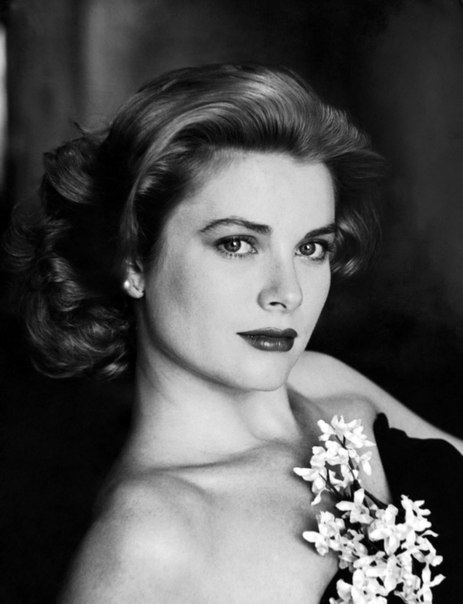 Актрисы и цветы: Грейс Келли