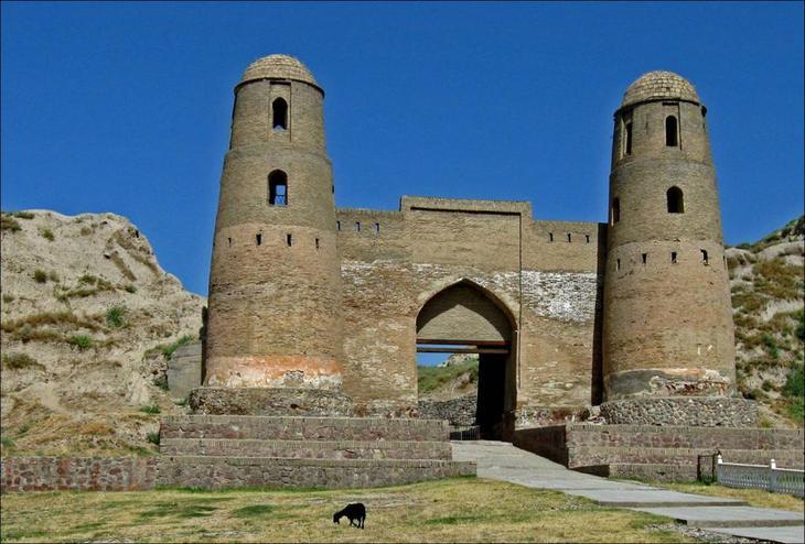 Развитие туризма в Таджикистане
