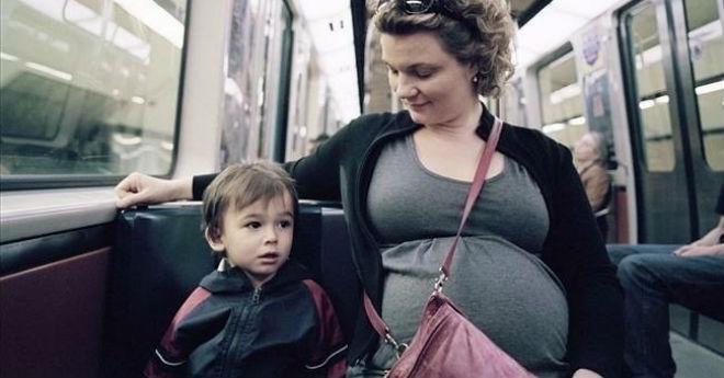 «Тетя, садитесь. Я уже большой, постою, а вашему малышу еще силы нужны, что-бы с животика вылезти»