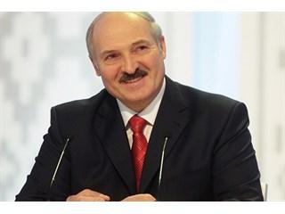 Лукашенко заявил о готовности выполнить все поручения Порошенко и Путина