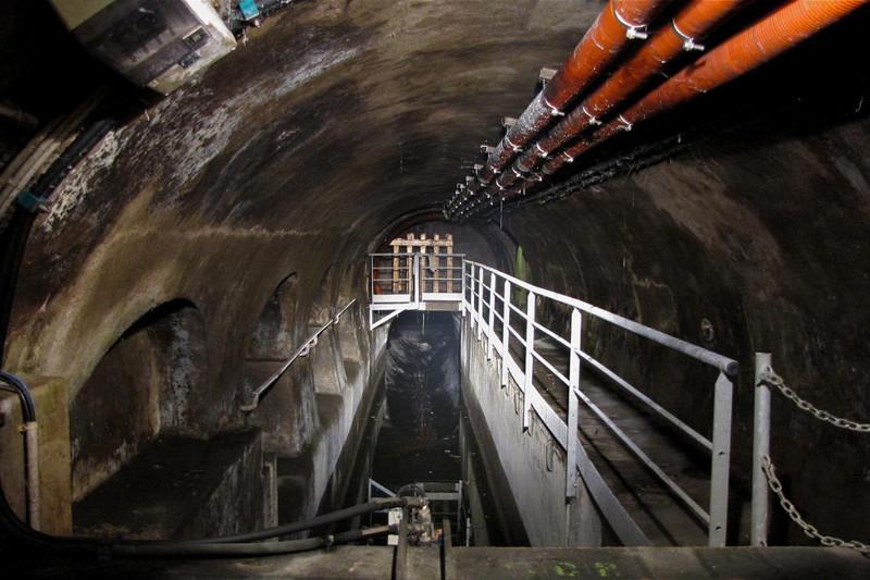 Тур по парижской канализации Алькатрас, Тюрьма, Чернобыль, москва, призрак, экскурсии