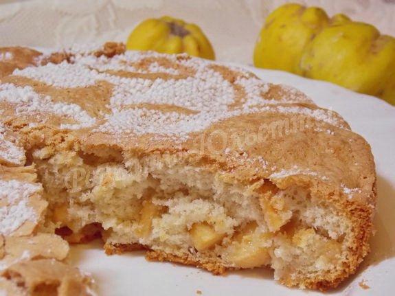 пышный айвовый пирог