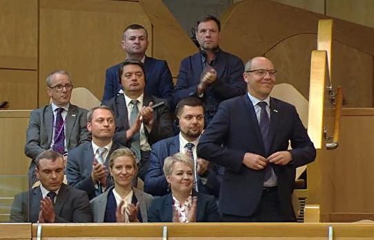 """""""Не аплодировать нацисту"""": в Шотландии разгорелся скандал из-за Парубия"""