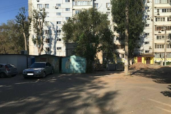 Астраханские улицы избавляют от незаконных ларьков