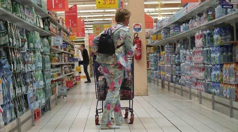Во Франции супермаркеты обязаны жертвовать не проданные продукты нуждающимся