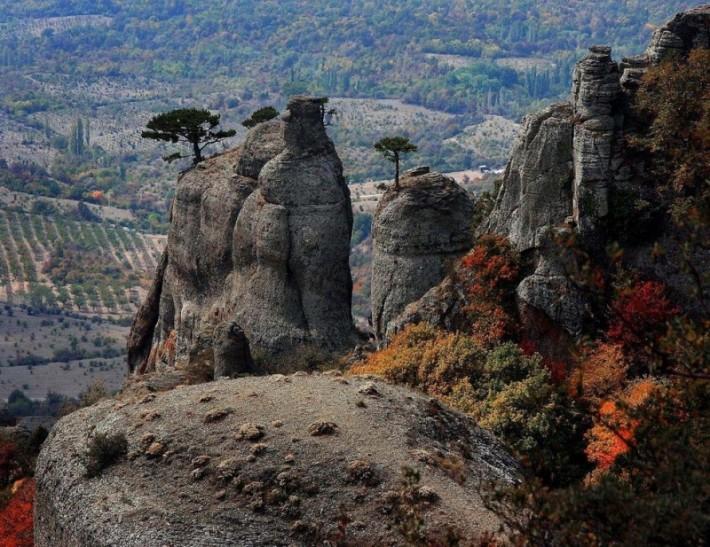 Достопримечательности Крымского полуострова: Долина привидений