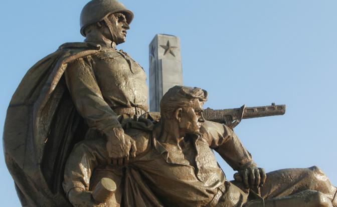На антироссийскую акцию Польши реагировать жёстко. Виталий Третьяков о мерах, которые нужно принять в ответ на снос наших памятников