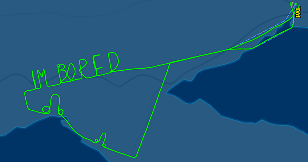 This Pilot Was So Bored During A 2-Hour Test Flight, He Literally Wrote it In The Sky