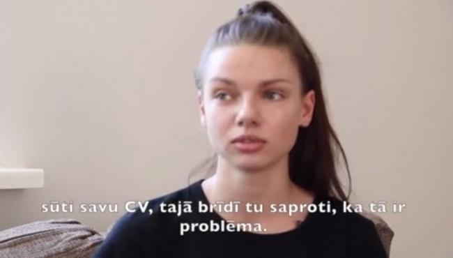 В Латвии обсуждают историю безработной латышки, не знающей русского