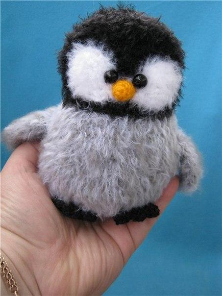 Вязаная игрушка Пингвинчик