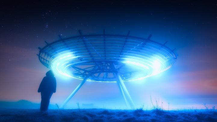 Сразу два НЛО пришельцев разбились на глазах у военных в России