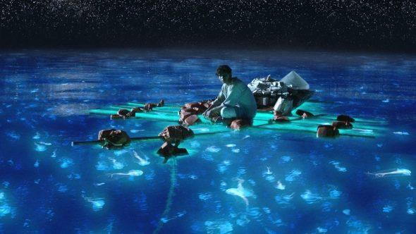 7 самых потрясающих мест для купания со всего мира