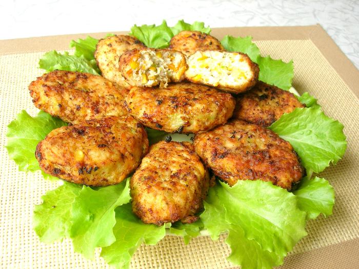 Сочные котлеты по-гавайски. Можно готовить хоть каждый день – просто и вкусно!