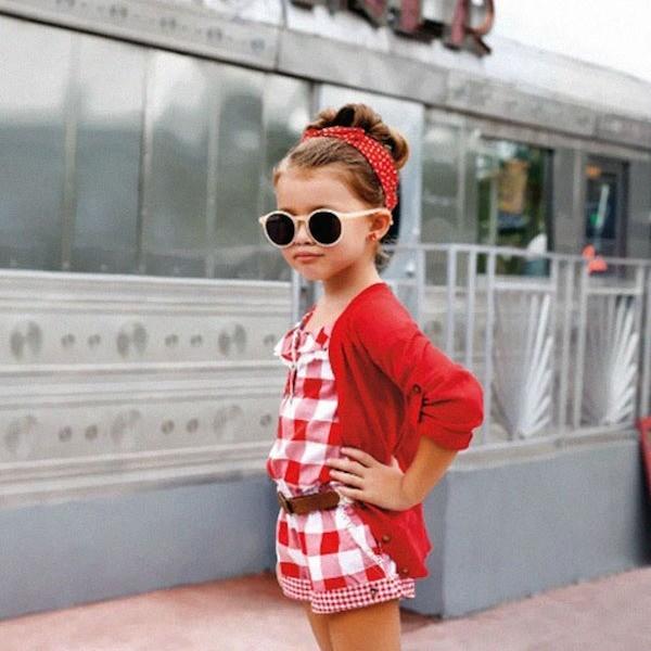 Синие колени и еще 6 странностей детской моды во Франции