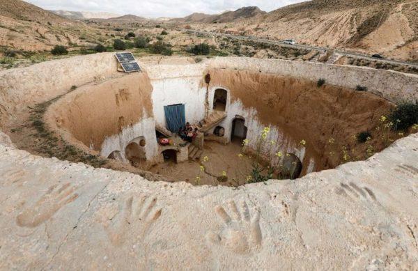Быт жителей Туниса: Подземные дома