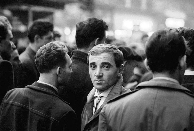 От изгоя к звезде: как Шарль Азнавур, сын армянского эмигранта, стал великим французским шансонье