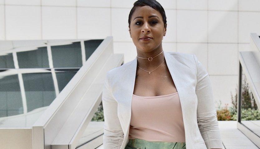 «Быть матерью-одиночной — это не неудача». Женщина, родившая в 16 лет, поборола рак груди и построила успешную бизнес-империю