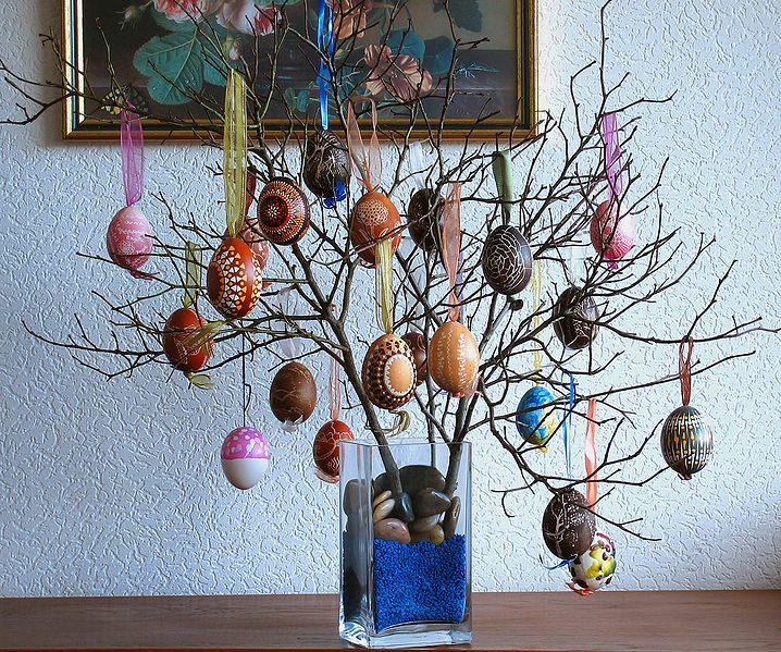 Дерево из пасхальных яиц своими руками
