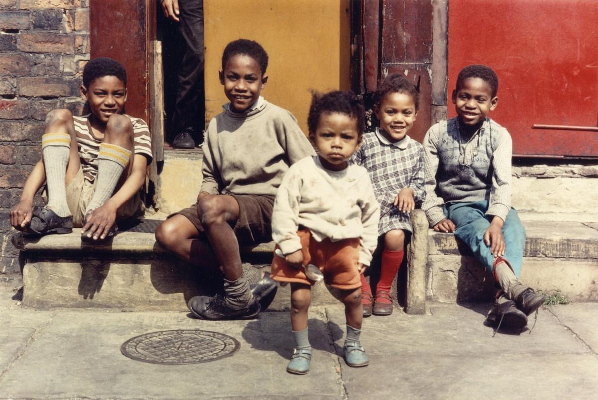 Обаяние трущоб Манчестера в фотографиях Ширли Бейкер 1960-х годов 5