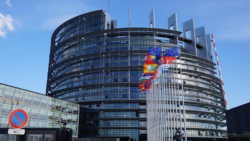 Немецкие СМИ: Европа трещит по швам, грозит серьезный кризис