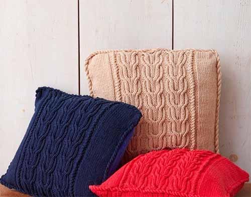 Чехол для подушки с фантазийными жгутами
