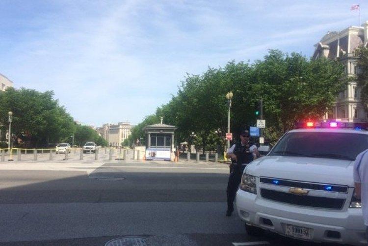 В Вашингтоне полиция оцепила…
