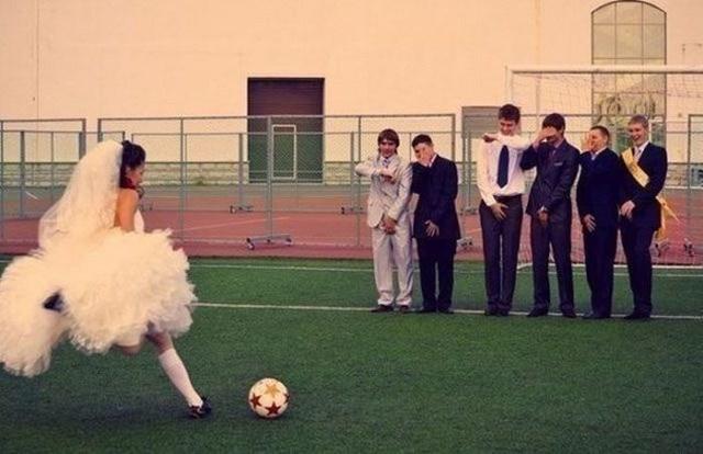 Смешные свадебные фотографии (38 фото)