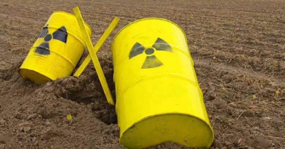 Украина с помощью Запада рискует превратиться в ядерный могильник