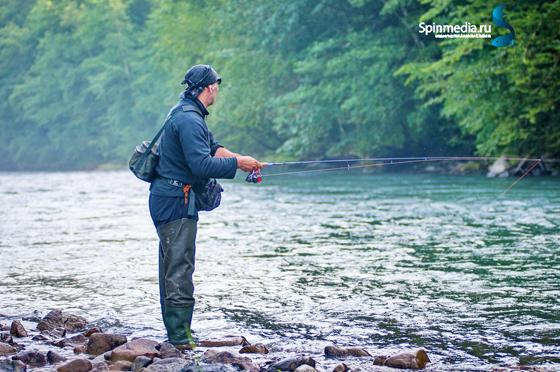 Где лучше всего ловить рыбу в спб