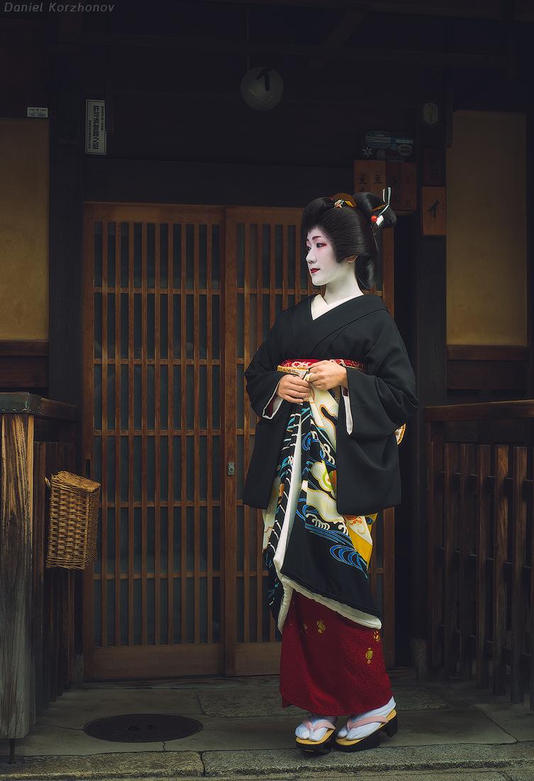 Осенняя Япония: прогулка с гейшей