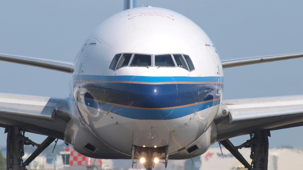 Петербуржцы не могут улететь из США из-за проволочки авиакомпании