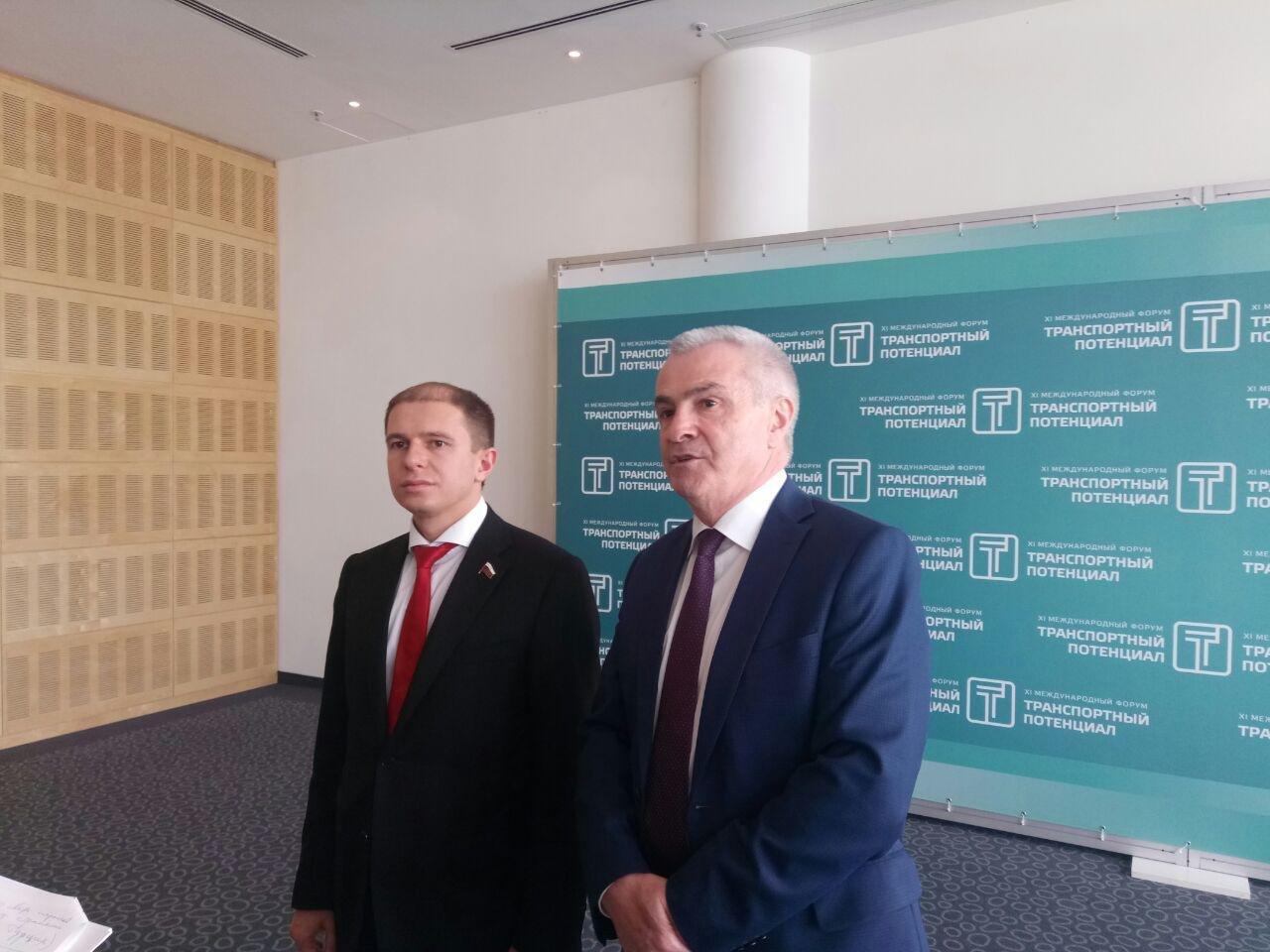 На форуме «Транспортный потенциал» в Петербурге поговорили о выгоде антироссийских санкций