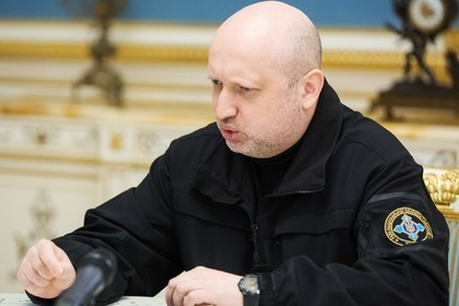 Турчинов умудрился найти в России концлагеря