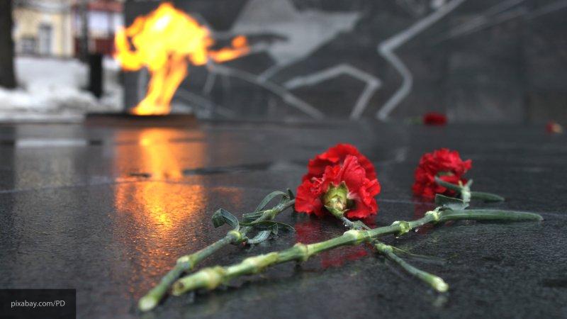 Памятник умершим в плену сов…