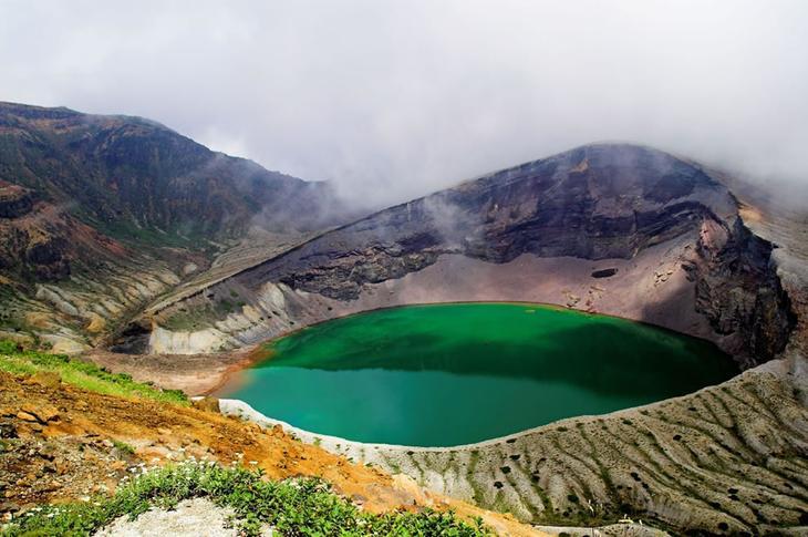 Озеро Окама, гора Зао, Япония