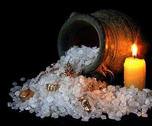 Соль - мощная защита от сглаза и порчи