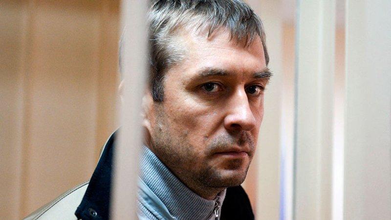 """Мать полковника Захарченко записала в бухгалтерию 600 тысяч евро как """"мелочь"""""""