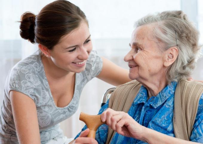 Как мы перевезли бабушку к себе жить — история из жизни
