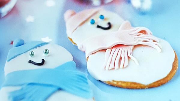 Имбирные снеговики: рецепт новогоднего десерта